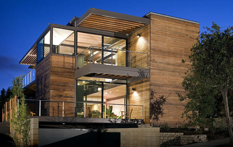 Luxury House Goes Green