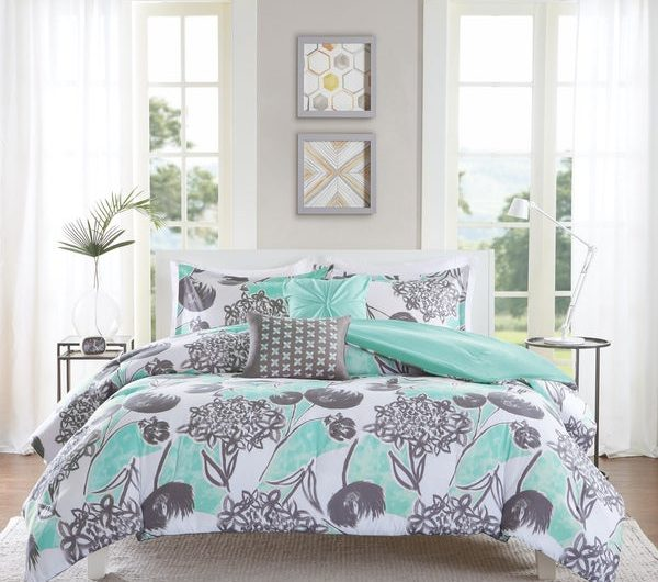 Want to Bright Guest Bedroom?