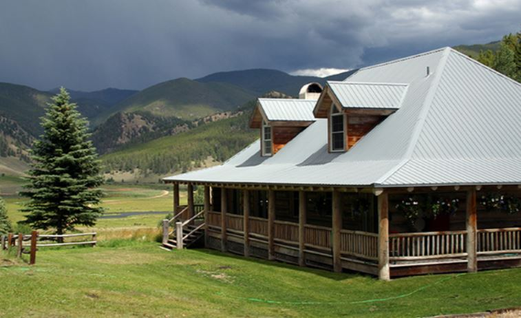 Cross Bar Ranch in Colorado